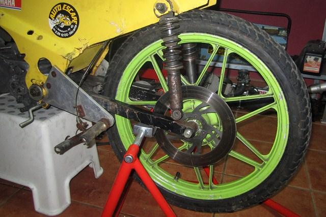 Réplica Bultaco 50 MOTUL Carmona 1982 - Página 19 Img_2216
