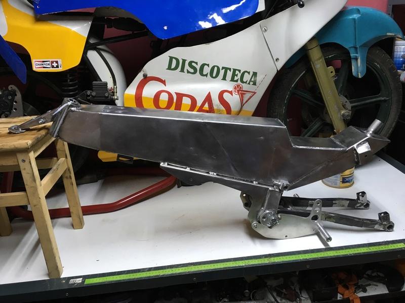 Réplica Bultaco 50 MOTUL Carmona 1982 - Página 19 Img_2510