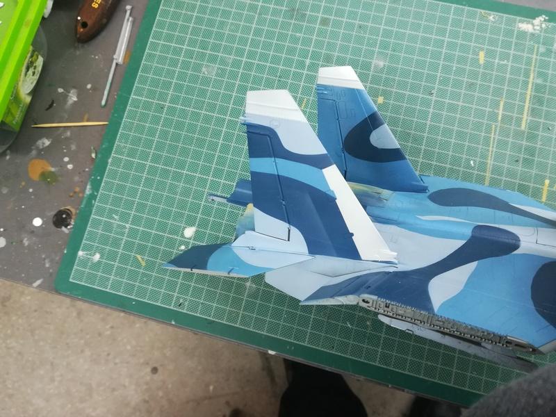 Su-33, Kinetic 1/48 - Σελίδα 2 Img_2022
