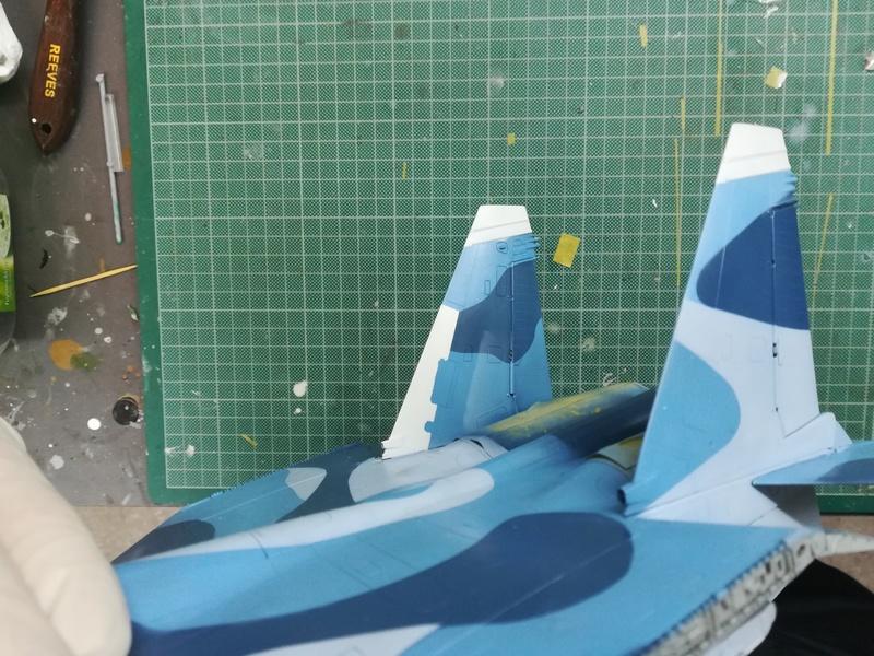 Su-33, Kinetic 1/48 - Σελίδα 2 Img_2023