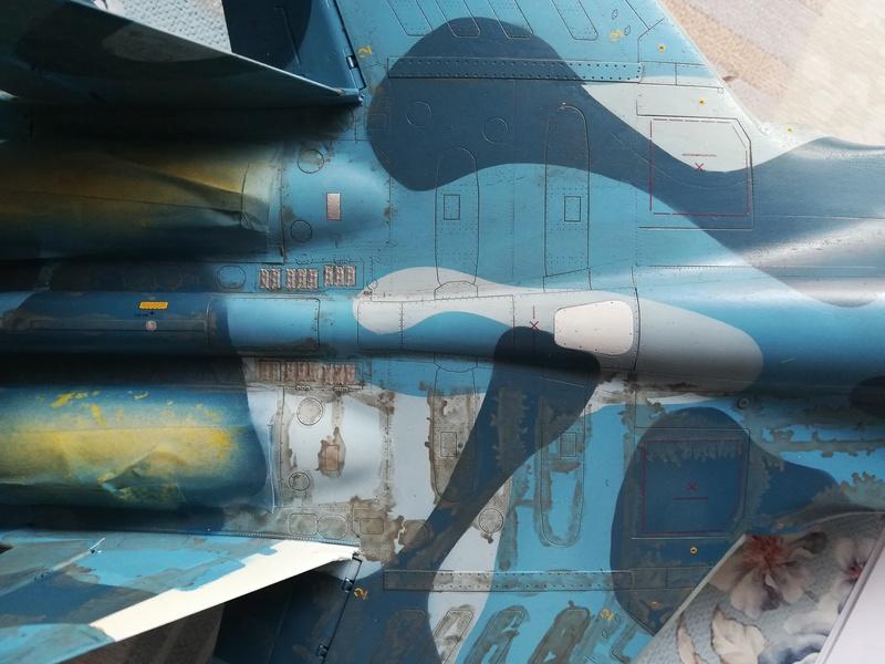 Su-33, Kinetic 1/48 - Σελίδα 2 Img_2027