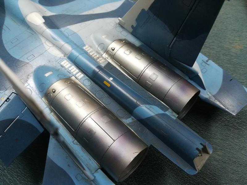 Su-33, Kinetic 1/48 - Σελίδα 2 Img_2031