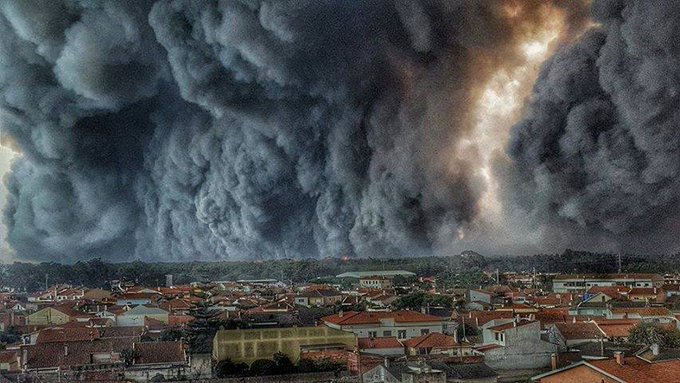 Portugal y Galicia se tiñen de negro Incend10