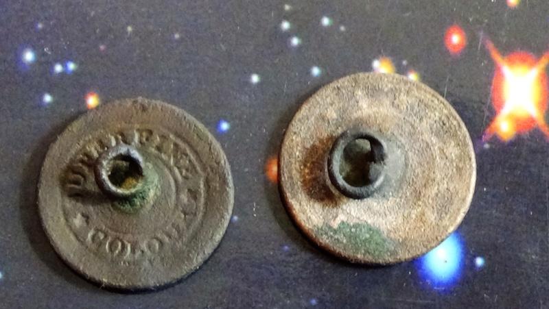 botones militares Dsc00711