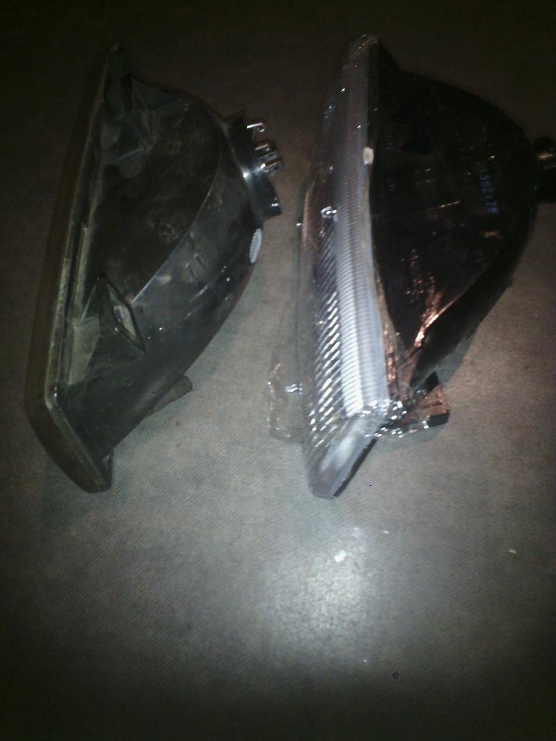 Recherche Phare Avant Gauche pour Chrysler Voyager S2 Img_2012