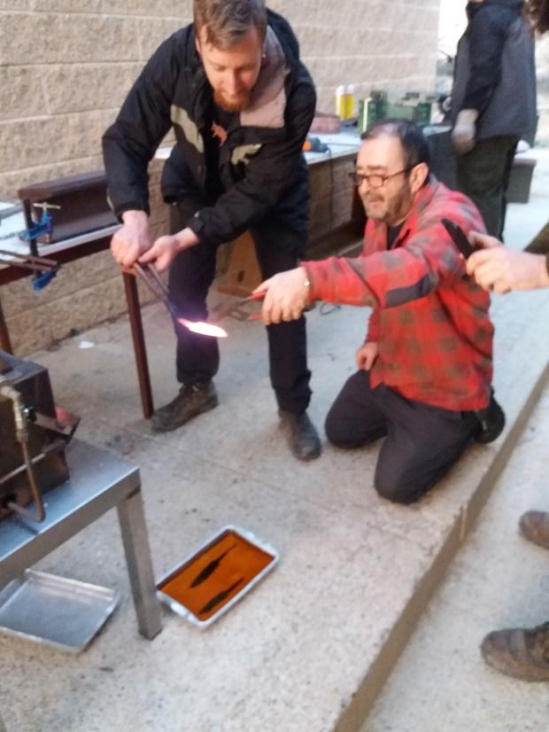 Curso de elaboración de cuchillos Nórdicos. Alfonso García-Oliva. (Iurde)  - Página 2 2012