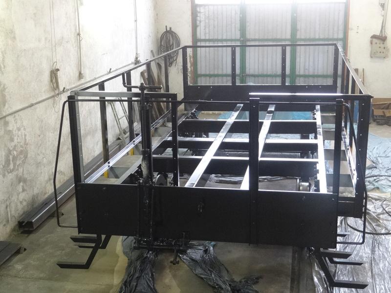 Construcccio de un vehicle jardinera  a escala 1/1 Dsc05010