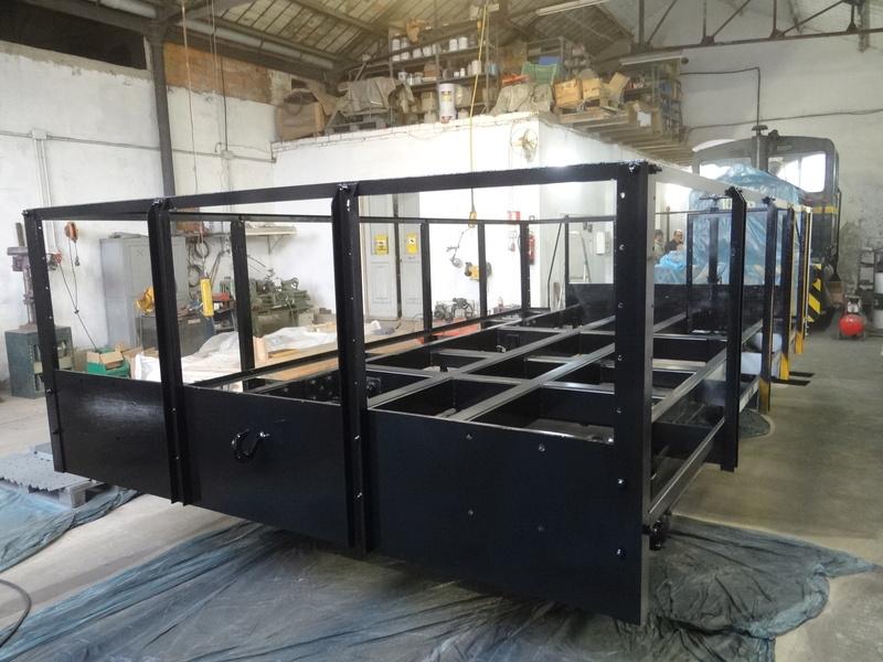 Construcccio de un vehicle jardinera  a escala 1/1 Dsc05013