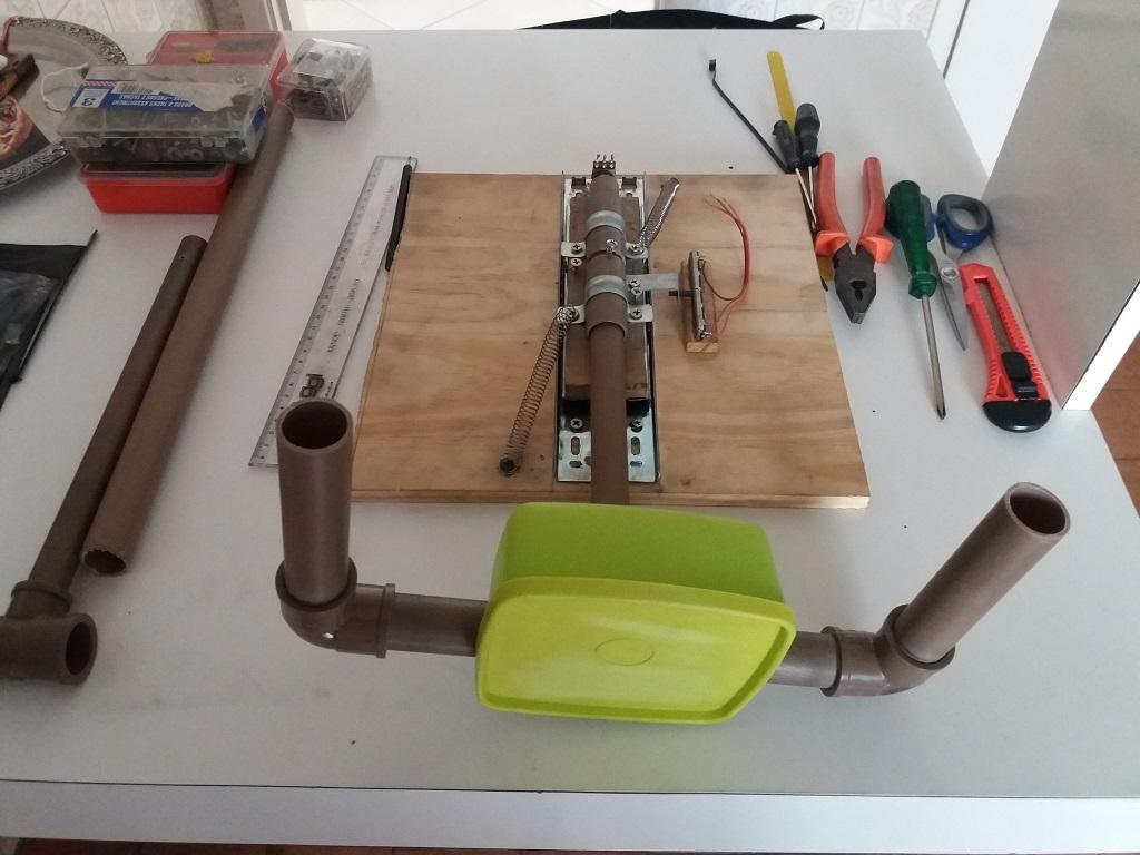 Novo projeto: Yoke, Throttle e painel de chaves. 311