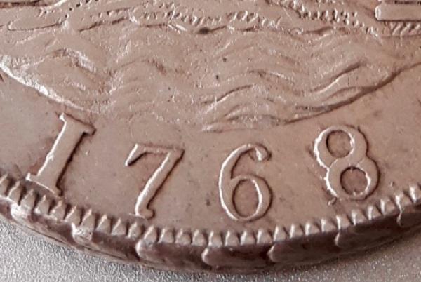 8 Reales Columnarios 1768. Variante S-l50011