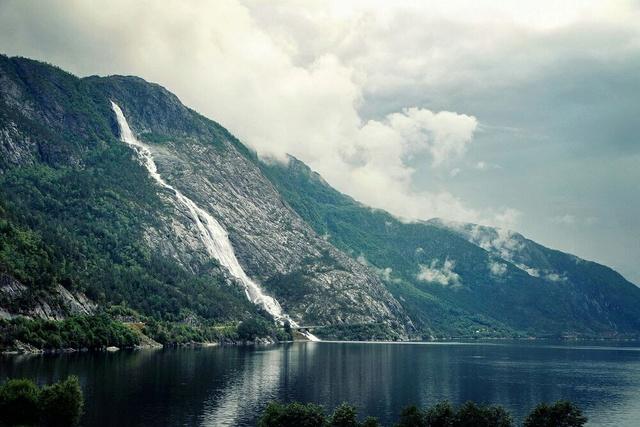 Роскошные пейзажи Норвегии - Страница 3 Ayhtwq10