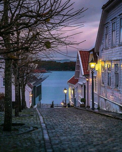 Роскошные пейзажи Норвегии - Страница 38 C-3vw910
