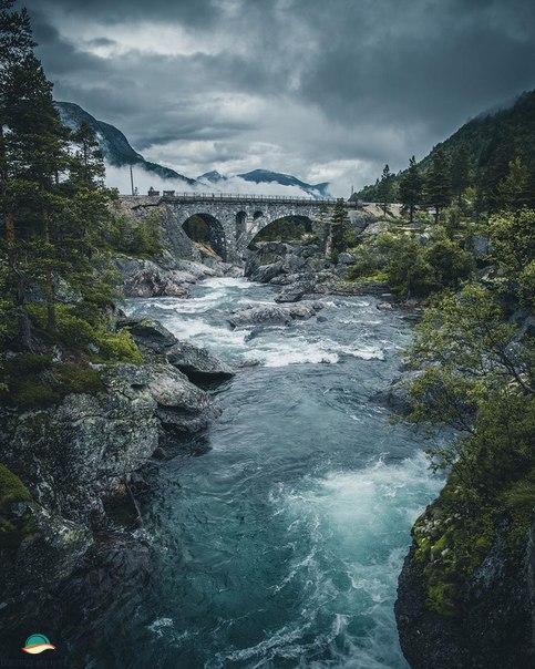 Роскошные пейзажи Норвегии - Страница 4 Hi4fuc10