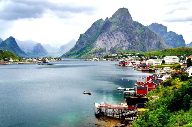 Роскошные пейзажи Норвегии - Страница 2 Hr063g10