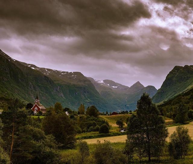 Роскошные пейзажи Норвегии - Страница 5 Jfusvc10