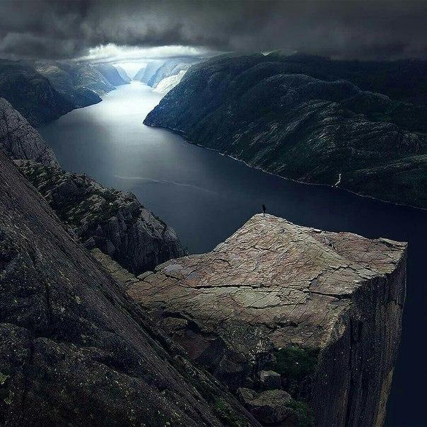 Роскошные пейзажи Норвегии - Страница 2 Kluwyy10
