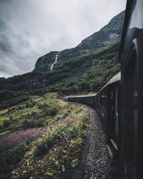 Роскошные пейзажи Норвегии - Страница 6 Spzjjl10