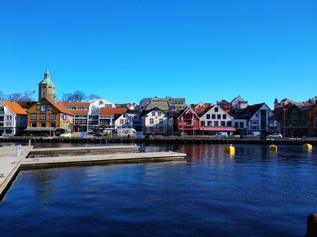 Роскошные пейзажи Норвегии - Страница 40 Vyaus110