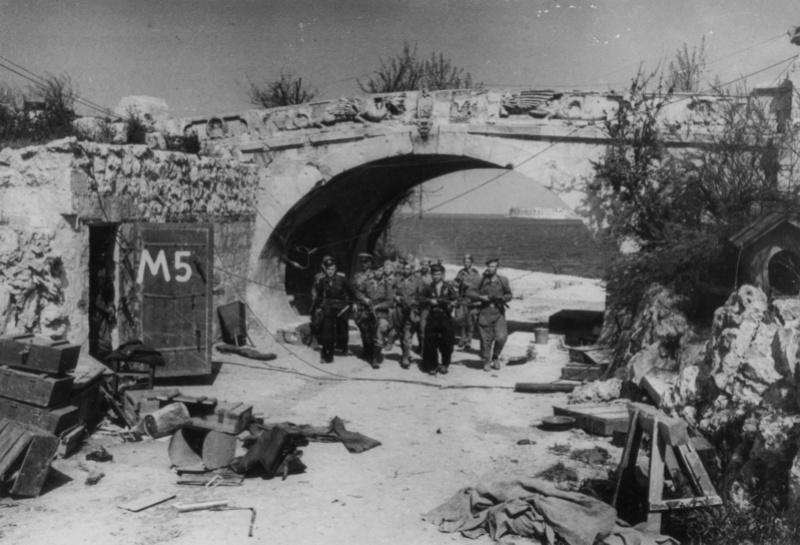 """ΣΕΒΑΣΤΟΥΠΟΛΗ μέρος 3ο """"η απελευθέρωση"""" - Σελίδα 2 Primor10"""