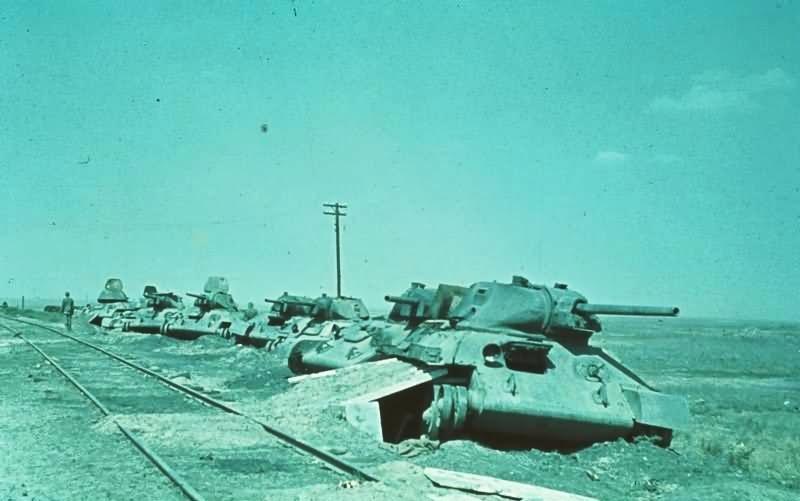 Сталинград  «Ни шагу назад!» οκτ.1942 (με Τ34 STZ41) T-34_i10