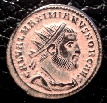 Radiado post-reforma de Galerio. CONCORDIA MILITVM. Emperador y Júpiter. Heraclea 20151210