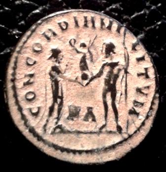 Radiado post-reforma de Galerio. CONCORDIA MILITVM. Emperador y Júpiter. Heraclea 20151211