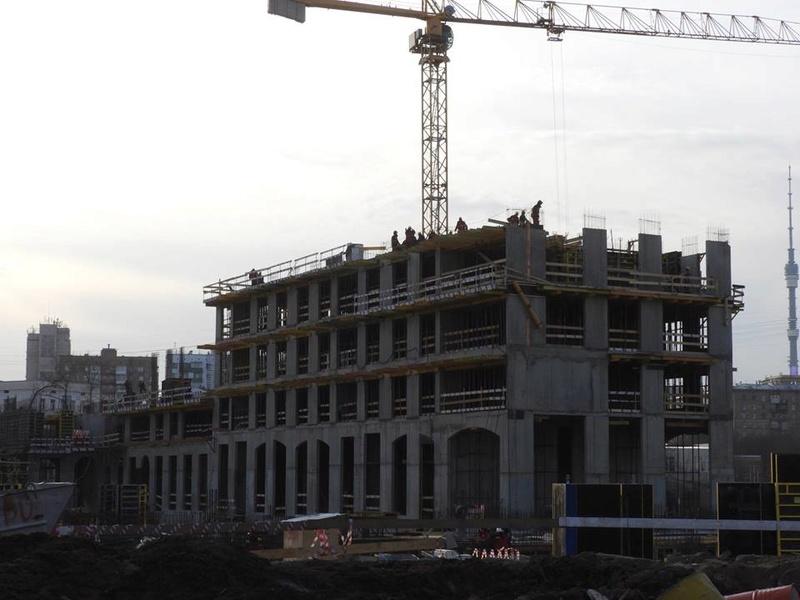 """ЖК """"Серебряный фонтан"""" - очевидно самый масштабный и самый активно строящийся проект в районе ВДНХ: первый большой репортаж с площадки - Страница 3 510"""