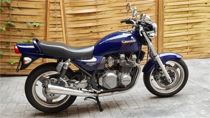 Honda CB750 o Kawa Zephyr 750 ¿Qué opinas?  735x10