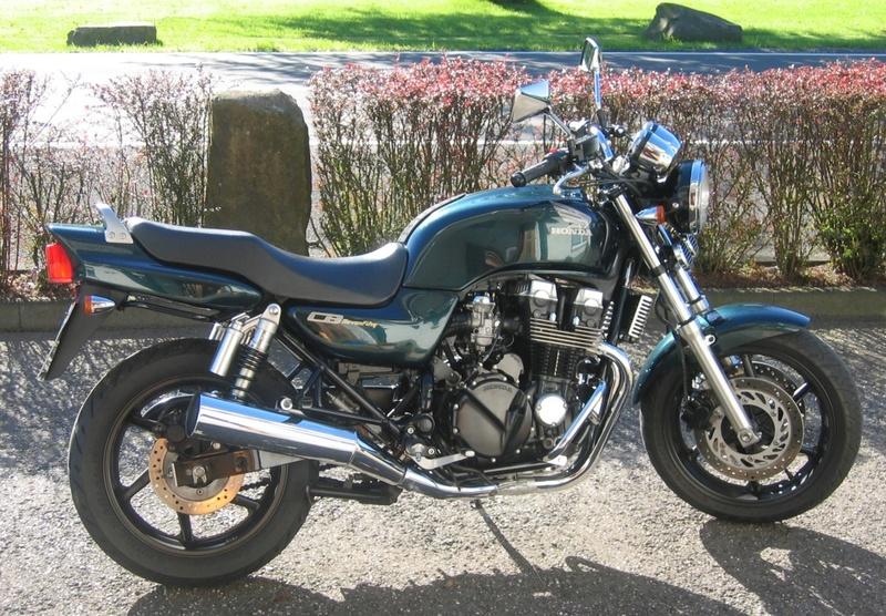 Honda CB750 o Kawa Zephyr 750 ¿Qué opinas?  Honda_10