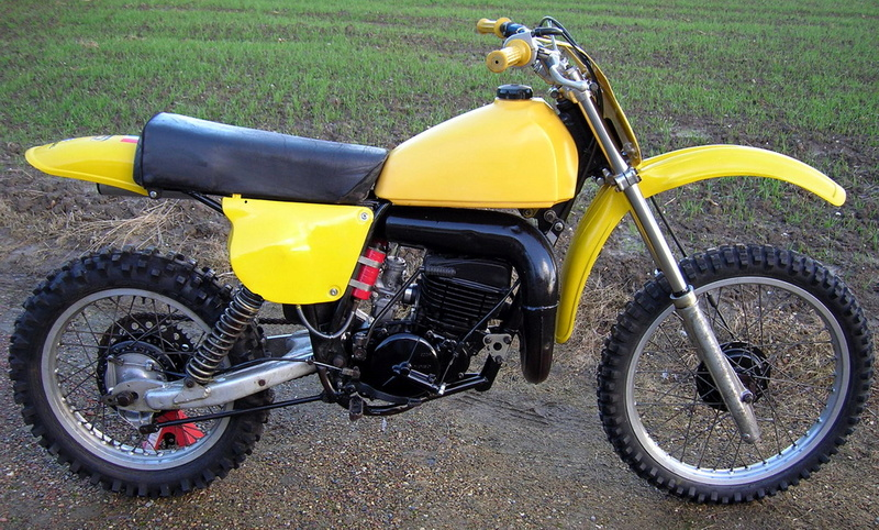 """Las Bultaco Pursang MK11 """"Manolo's"""" - Página 3 Suzuki10"""