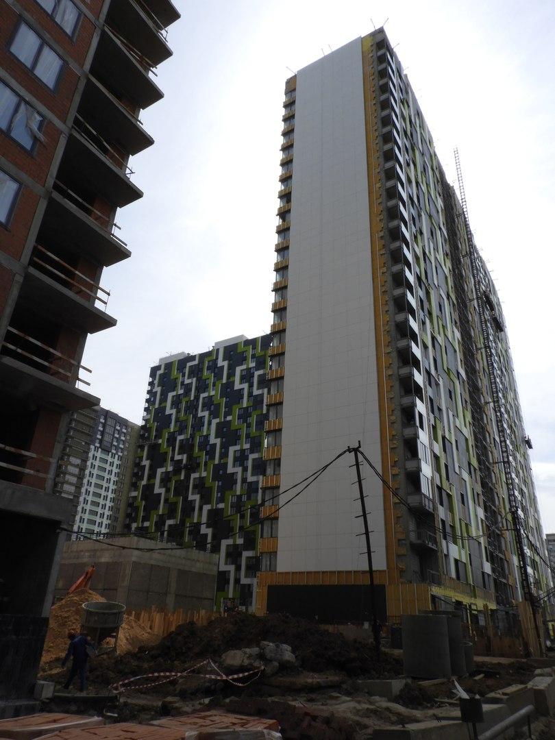 """На ЖК """"Летний сад"""" - начался монтаж фасадных конструкций! Теплозвукоизоляция под ними - лучше, чем у соседнего ЖК """"Город"""" - Страница 6 4511"""