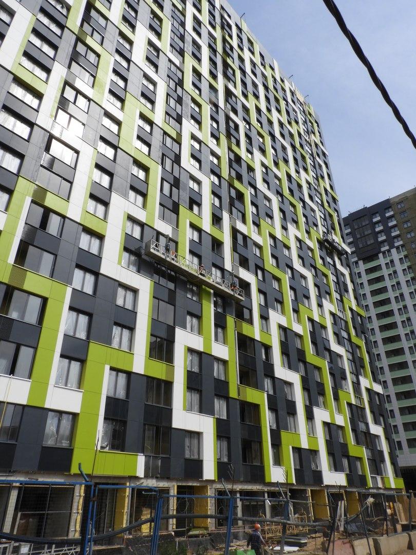 """На ЖК """"Летний сад"""" - начался монтаж фасадных конструкций! Теплозвукоизоляция под ними - лучше, чем у соседнего ЖК """"Город"""" - Страница 6 5112"""