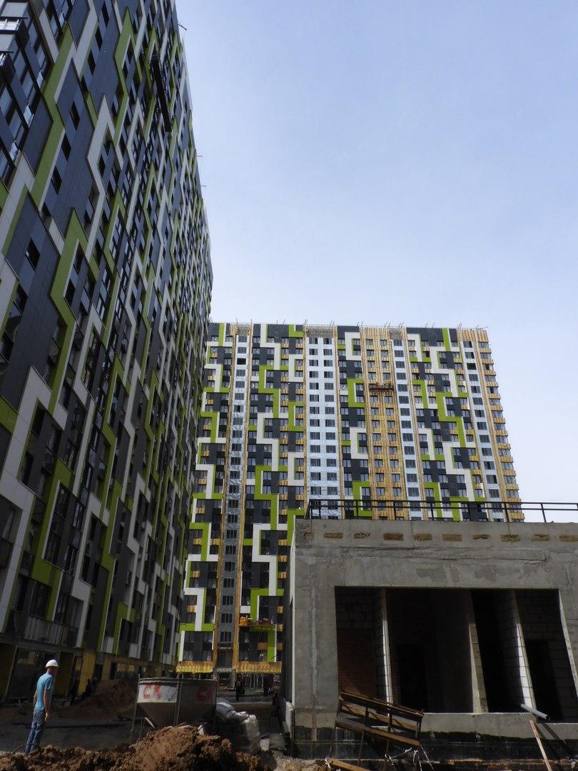 """На ЖК """"Летний сад"""" - начался монтаж фасадных конструкций! Теплозвукоизоляция под ними - лучше, чем у соседнего ЖК """"Город"""" - Страница 6 Y3vmba11"""