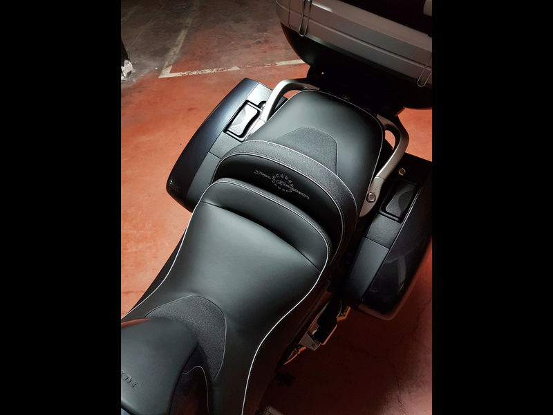Marquez tapiceria de la moto Img_4815
