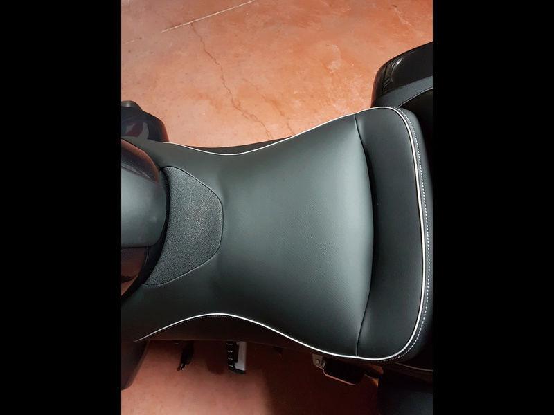 Marquez tapiceria de la moto Img_4816