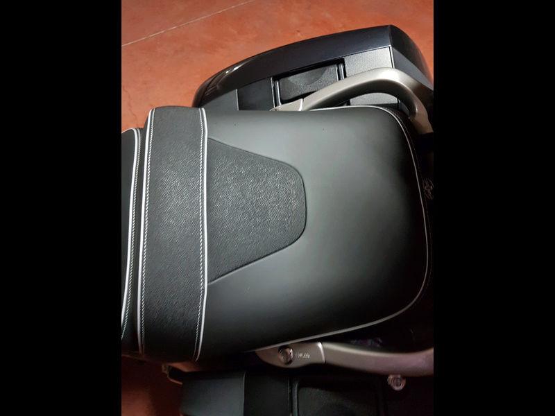 Marquez tapiceria de la moto Img_4817