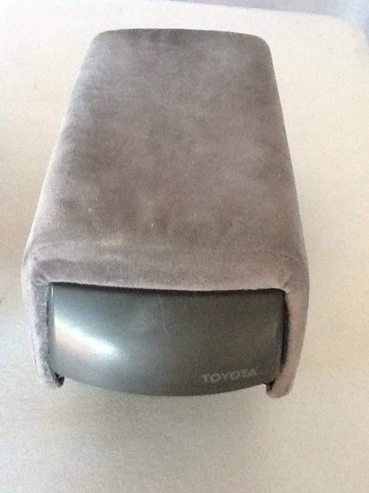 Sunglasses Holder and extended armrest  Fb_img10
