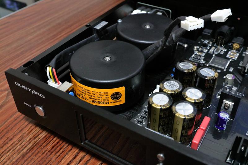 Gustard-DAC-X22-ES903  VS  Audio- GD 28.38 G310