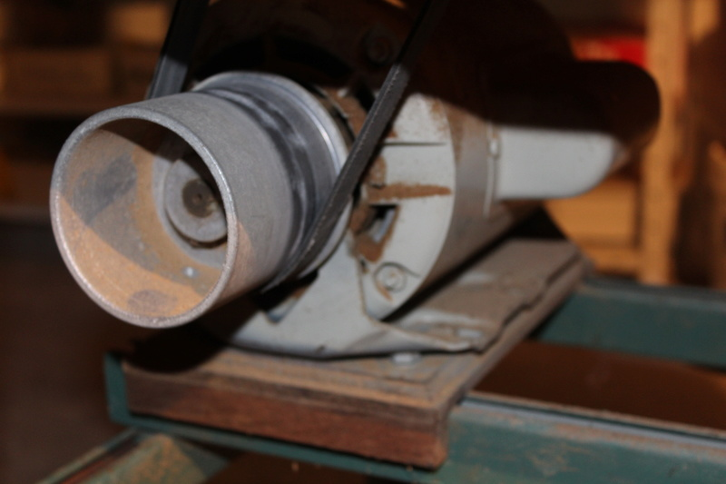 Scie à ruban Kity 612 (petite restauration, j'espère) Img_8318