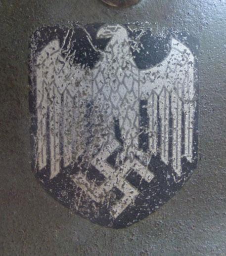 Authentification d'insigne sur un casque modele 35 P1030610