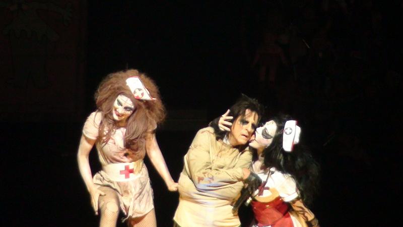 Alice Cooper reparte niños muertos - Página 5 Dsc00619