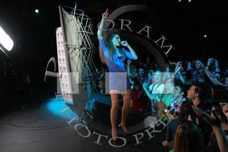 Κορίτσι Πράμα [Backstage Video Clip] 24981_19