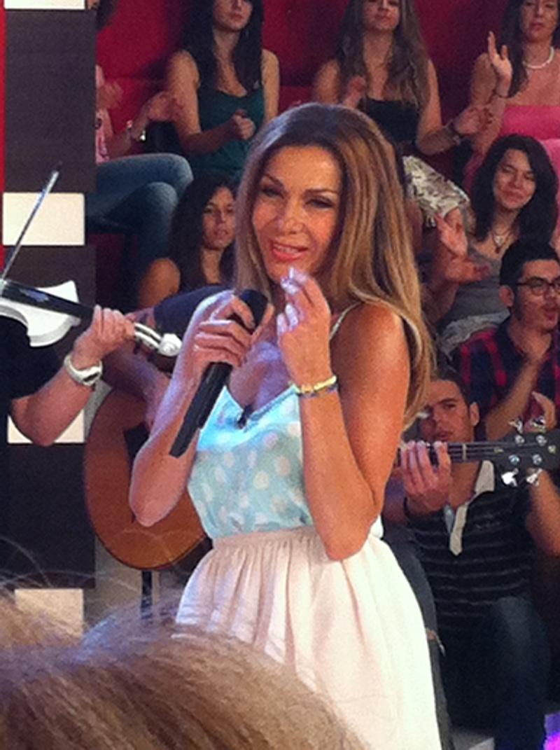 Μίλα @Star Tv [14-6-2012] Vandi-16