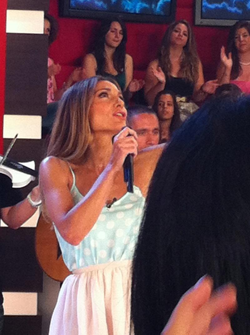 Μίλα @Star Tv [14-6-2012] Vandi-20