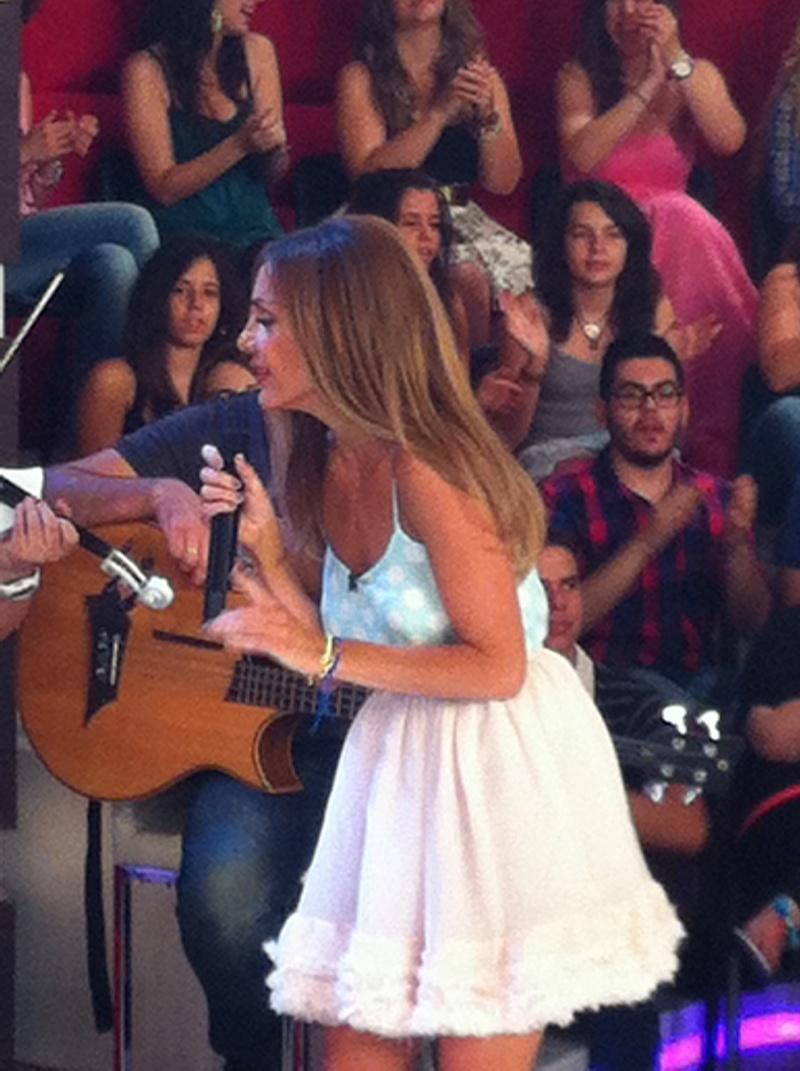 Μίλα @Star Tv [14-6-2012] Vandi-23
