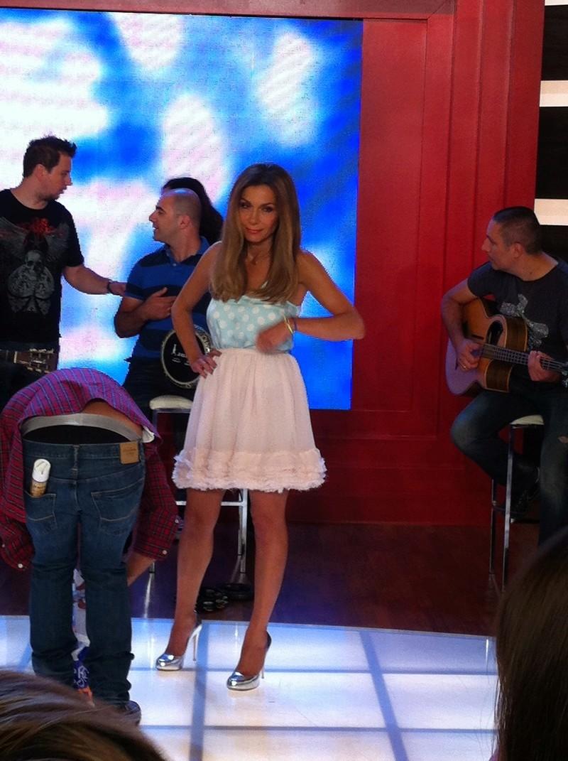 Μίλα @Star Tv [14-6-2012] Vandi-25