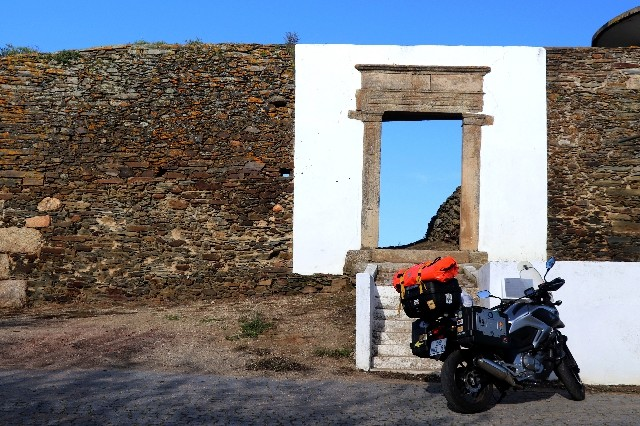 MOTOCAMPING - Em Marvão e Castelo de Vide  Img_0219