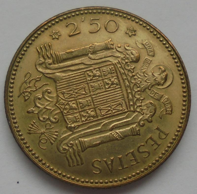 2,50 pesetas 1953 (*19-70). Estado Español Dsc08011