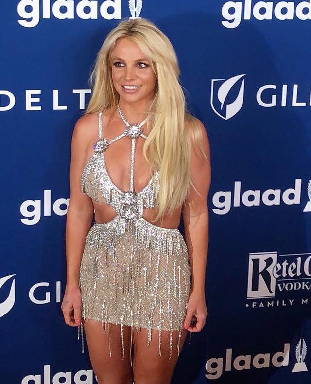 Britney Spears  - Σελίδα 13 C9740710