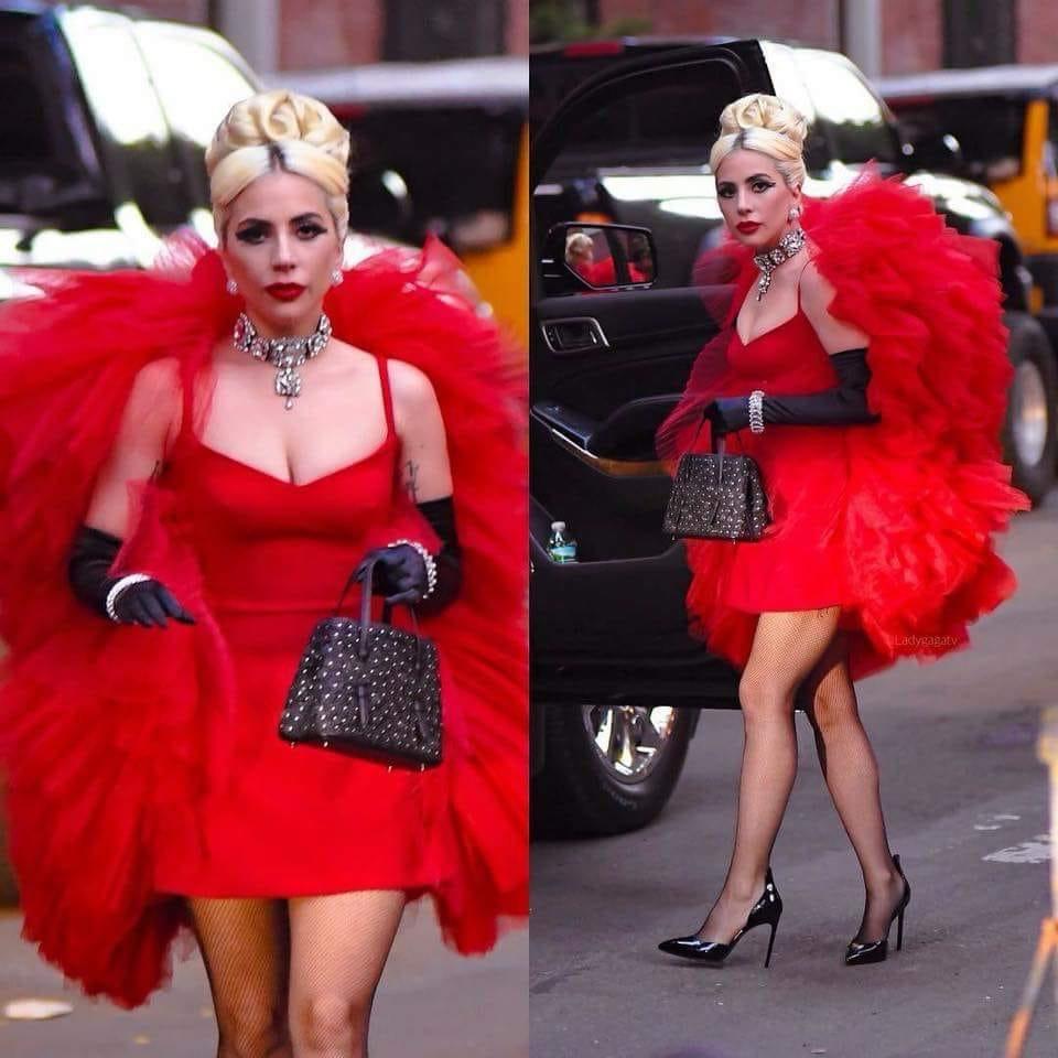 4 - Lady Gaga - Σελίδα 9 Cfe6dc10